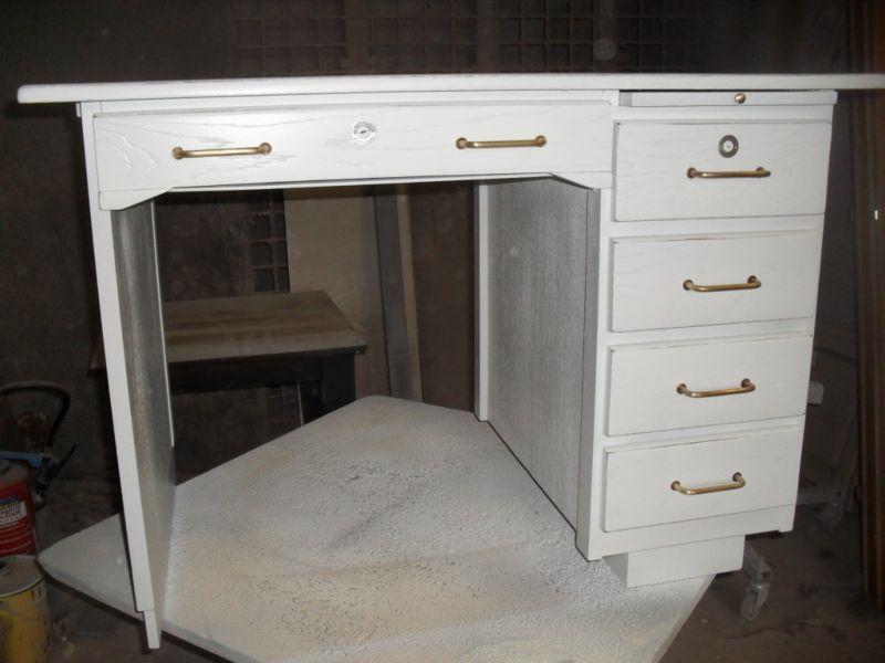 Rénovation d un bureau en plaquage chêne blanc vieilli à salon de